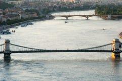 De Rivier van Donau bij Zonsondergang, Boedapest, Hongarije Stock Foto's