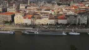 De Rivier van Donau in Boedapest stock videobeelden