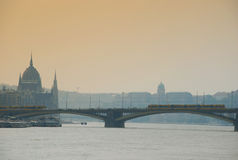 De rivier van Donau door Boedapest Royalty-vrije Stock Foto