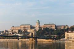 De rivier van Donau - panorama Donau in Boedapest Hongarije Mening van de Donau in de Dijk van Boedapest van de Rivier Boedapest  Royalty-vrije Stock Foto's