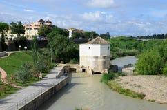 De rivier van Guadalquivir in Cordoba royalty-vrije stock foto's