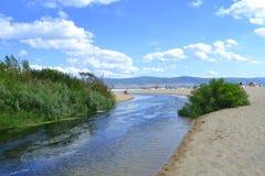 De rivier van het de zomerstrand Royalty-vrije Stock Fotografie