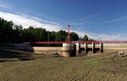 De rivier van Jagala. Een krachtcentraledam. Royalty-vrije Stock Foto's