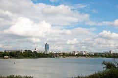 De rivier van Kharkov in stad Kharkov Royalty-vrije Stock Fotografie