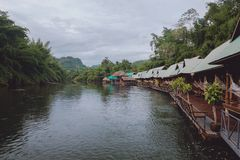 De rivier van Kwai Stock Afbeeldingen