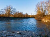 De rivier van Neckar in Zuidelijk Duitsland stock fotografie