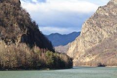 De rivier van Olt Stock Afbeelding