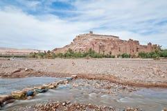 De rivier van Ounila dichtbij AIT Ben Haddou, Marokko Royalty-vrije Stock Foto's