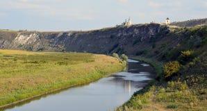 De rivier van Raut in Orhei stock foto