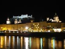 De rivier van Salzach, Salzburg Stock Afbeelding