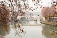 De Rivier van Tiber in Rome, Italië Royalty-vrije Stock Afbeelding