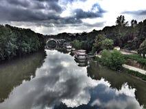 De rivier van Tiber in Rome, Italië Stock Afbeelding