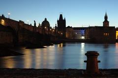 De rivierbank van Praag Stock Fotografie