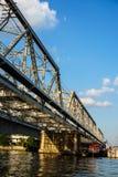 De rivierbrug Stock Foto's