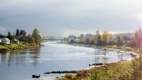 De rivierkrommingen op landschap in de herfst Stock Fotografie
