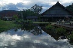 De riviermening bij de toevlucht Namkat Yorlapa, Oudomxay, Laos stock afbeeldingen