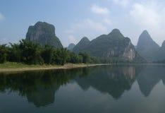 De riviermening van Li Stock Afbeeldingen