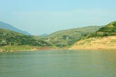 De riviermening van Yangzi stock afbeeldingen