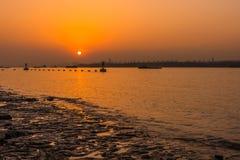 De rivierzonsondergang van Yangtze stock afbeelding