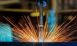 De robots last in autofabriek Royalty-vrije Stock Afbeelding