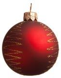 De rode bal van Kerstmis met gouden zigzag Stock Fotografie