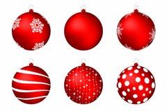 De rode ballen van Kerstmis die op witte achtergrond worden geïsoleerd@ Reeks Kerstmisballen met sneeuwvlokken, cirkels en abstra stock illustratie