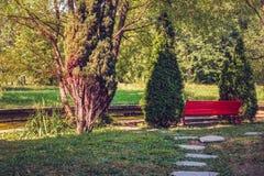 De rode bank Stock Fotografie