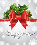 De rode boog voor de achtergrond van groene spar vertakt zich, rode bessenkerstmis Kerstkaart met inschrijvingskerstmis Royalty-vrije Stock Afbeelding