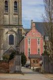 De rode bouw van de Parkabdij dichtbij Leuven Stock Foto's