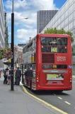 De Rode Bus van Londen in Londen Stock Foto