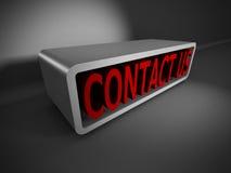 De rode 3d woorden van de CONTACTv.s. op donkere achtergrond Bedrijfs concept Stock Foto