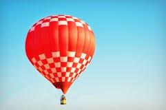 De rode en Witte Ballon van de Hete Lucht stock foto