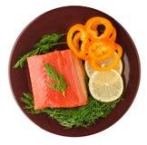 De rode filets van de vissenforel op een plaat Stock Fotografie