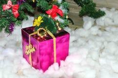 De rode gift van Kerstmis Royalty-vrije Stock Foto's
