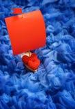 De rode Harten van Valentine op Abstracte blauwe Achtergrond Royalty-vrije Stock Foto