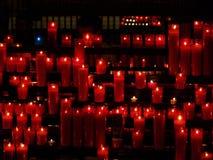 De rode kaarsen Stock Afbeeldingen