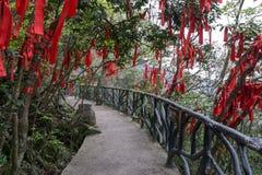 De rode linten tianmen berg Stock Foto