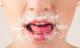 De rode lippen met witte toespraak borrelt dicht omhoog Royalty-vrije Stock Foto's