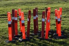 De rode meerpalen van de bouwbarrière Royalty-vrije Stock Foto's