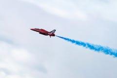 De Rode pijlen van Royal Air Force - de lucht toont in Estland Tallinn 2014 ye Stock Foto