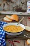 De rode soep van de linzeroom Stock Foto