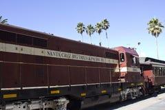 De rode trein van Santa Cruz met zijn bussen Royalty-vrije Stock Fotografie