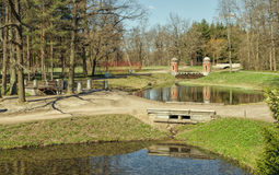 De Rode Turkse cascade in Catherine Park in Tsarskoye Selo Stock Afbeelding