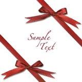 De rode Verpakte Gift van Kerstmis met Bogen Stock Afbeelding