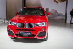 De rode vijfde reeks van BMW stock foto