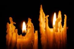De rode Vlam van Kerstmis van Kaarsen stock foto's