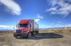 De rode Vrachtwagen Royalty-vrije Stock Afbeeldingen