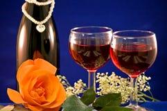 De rode wijn en nam toe Stock Afbeelding