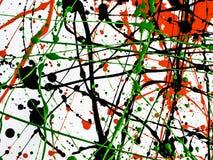 De rode zwarte groene verf ploeterde met lijnen en dalingen op een witte oppervlakte royalty-vrije stock fotografie