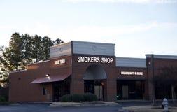 De rokers winkelen, Bartlett TN stock afbeelding